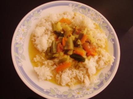 Tangy Mixed Vegetable Curry