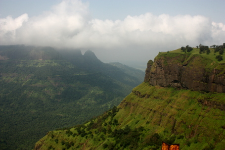 Louis Point - Matheran